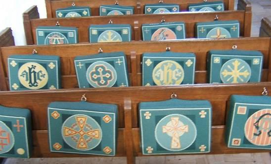 Dscf0142 kneelers branscombe